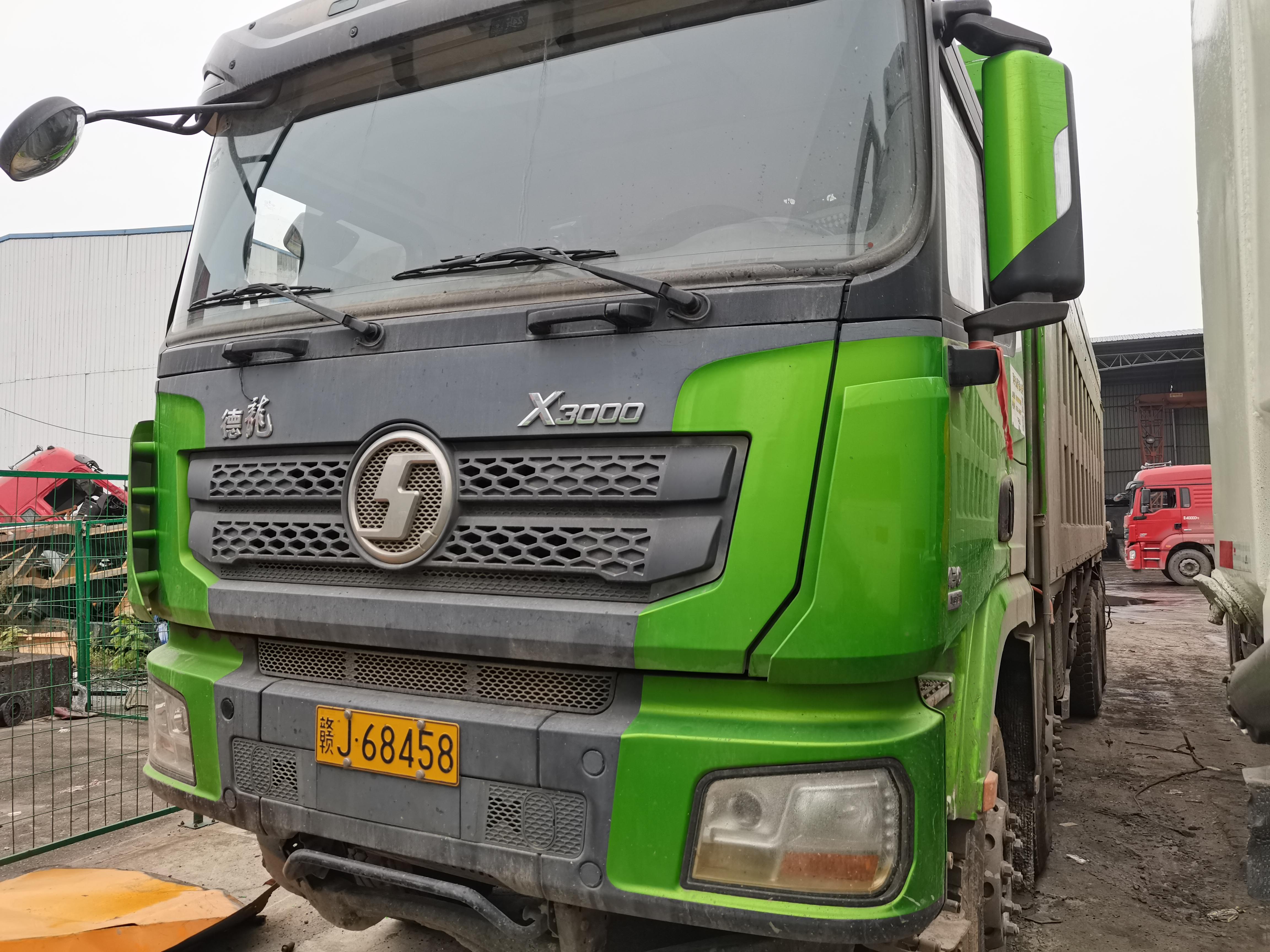 陕汽德龙X3000 自卸车  430匹 2019年05月 8x4