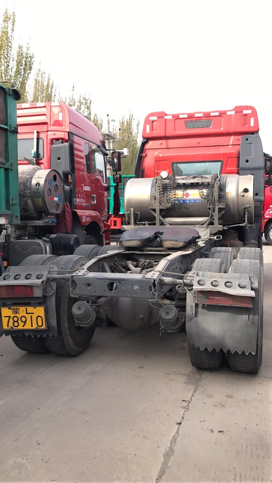 青島解放其他車系 牽引車  460匹 2017年06月 6x4