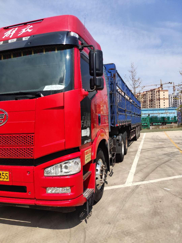 一汽解放J6P重卡 牵引车  420匹 2015年03月 6x4