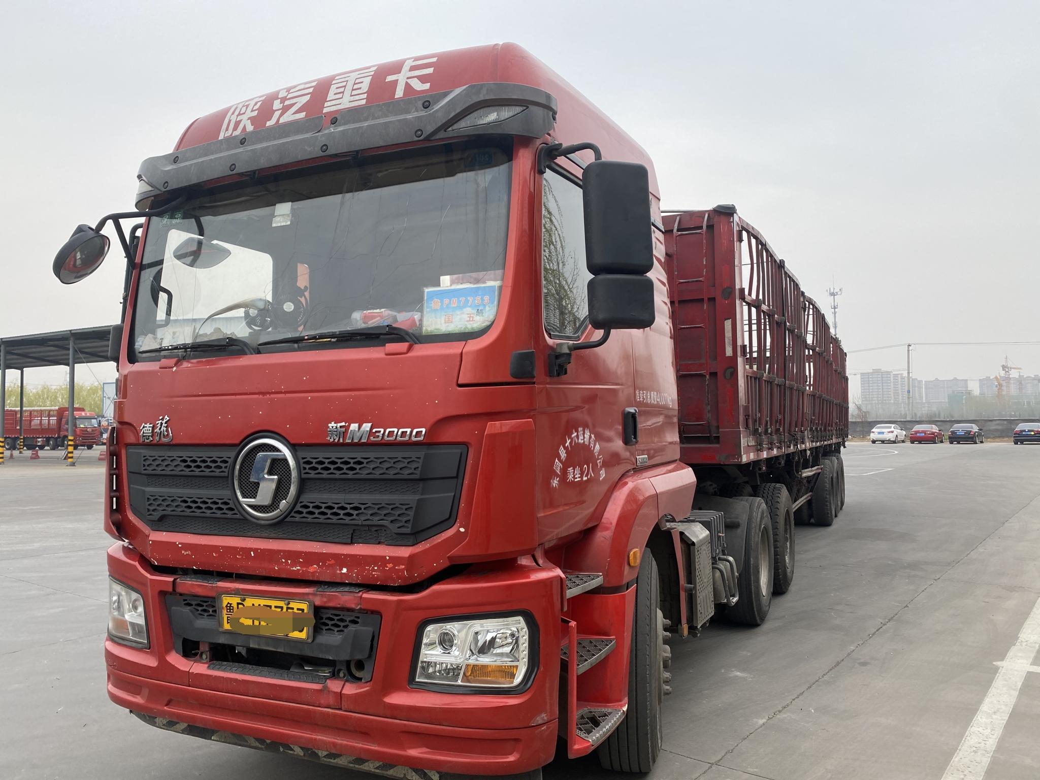 陕汽德龙新M3000 牵引车  375匹 2018年02月 6x4