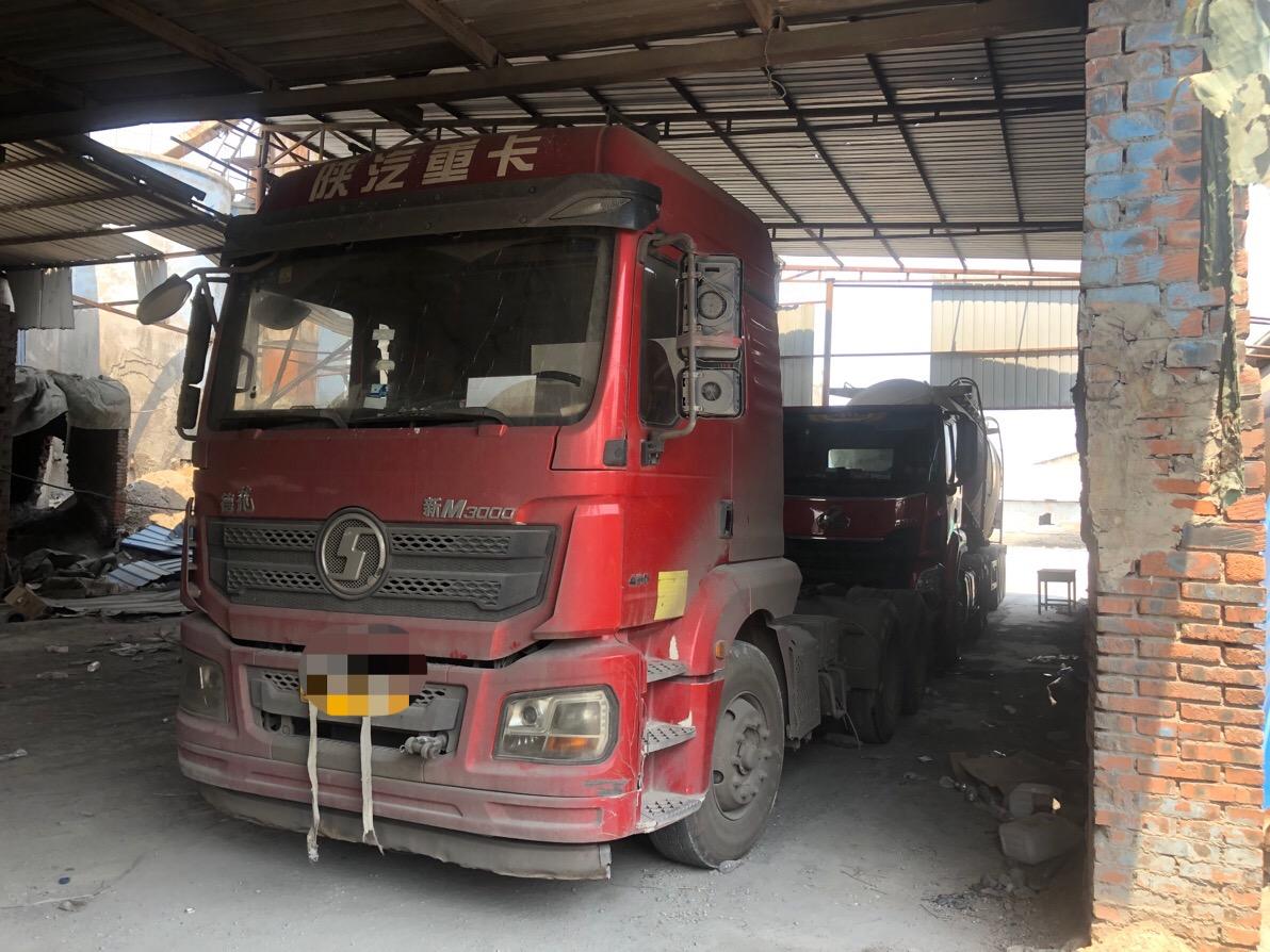 陕汽德龙新M3000 牵引车  345匹 2017年05月 6x4