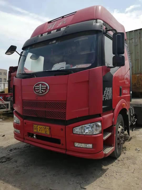 一汽解放J6P重卡 牵引车  350匹 2013年03月 6x4