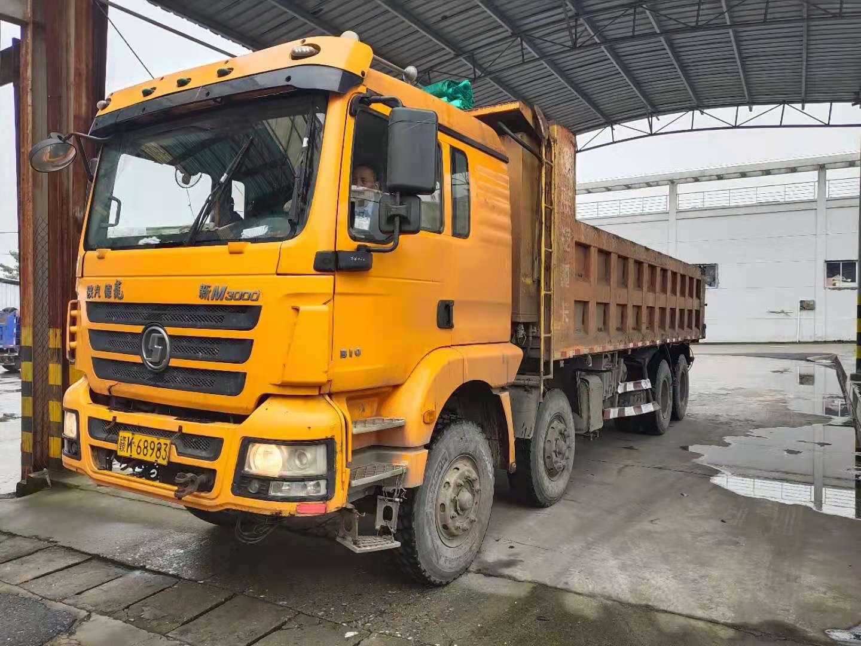 陕汽德龙新M3000 自卸车  310匹 2016年05月 8x4