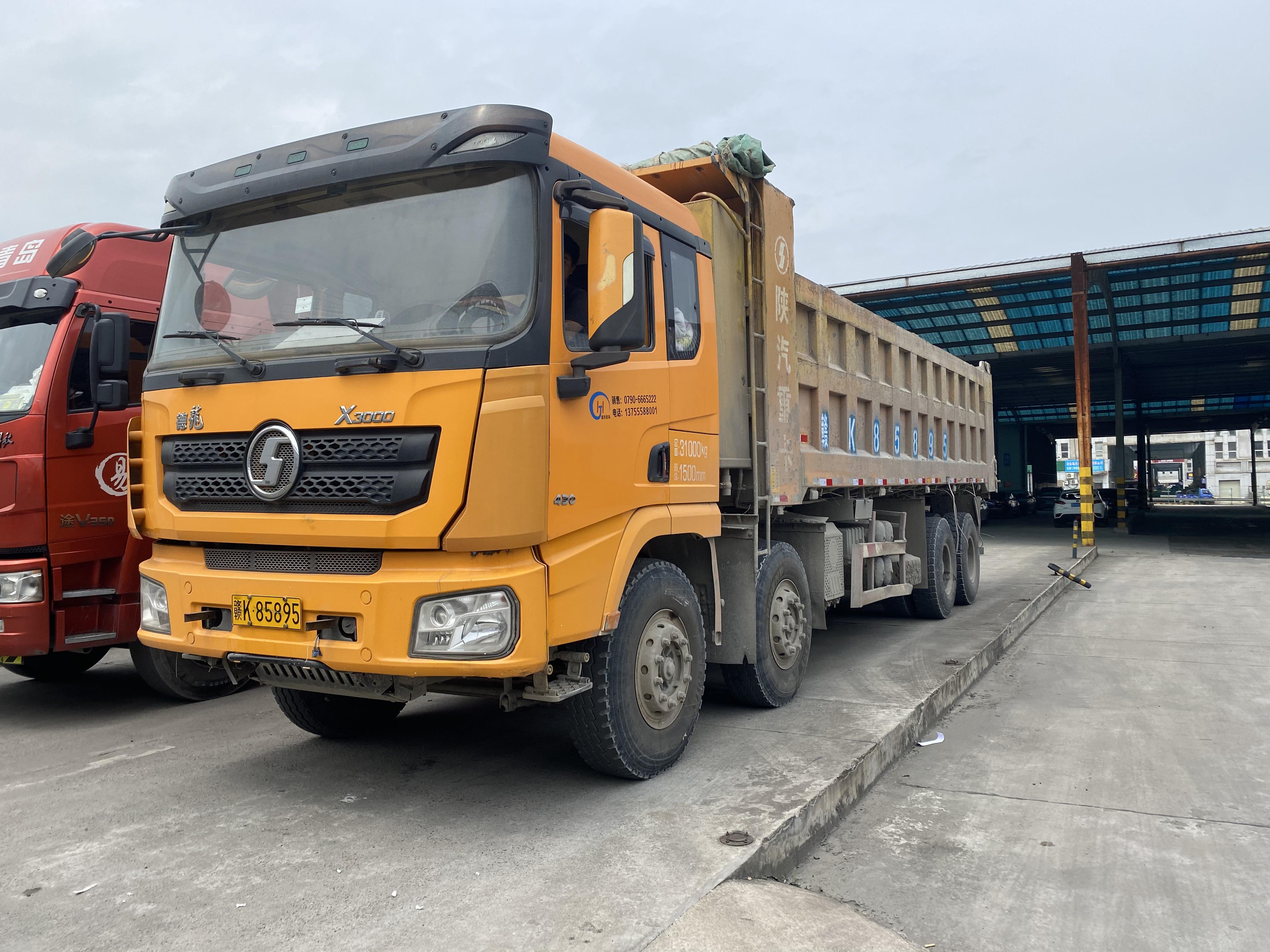 陕汽德龙X3000 自卸车  430匹 2018年05月 8x4