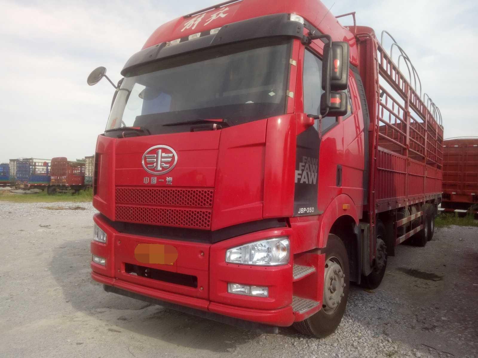 一汽解放J6P重卡 载货车  350匹 2019年02月 8x4