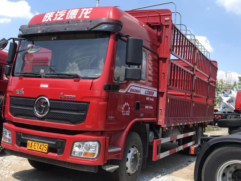 陕汽德龙L3000 载货车  245匹 2020年08月 4x2