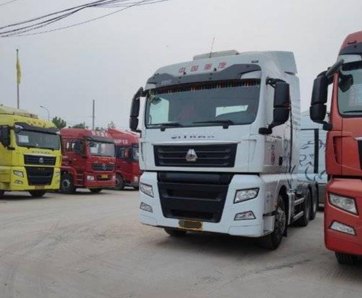 中国重汽汕德卡SITRAK 牵引车  540匹 2018年12月 6x4