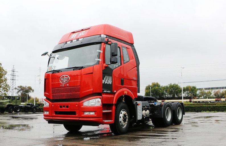 一汽解放J6P重卡 牵引车  420匹 2019年01月 6x4